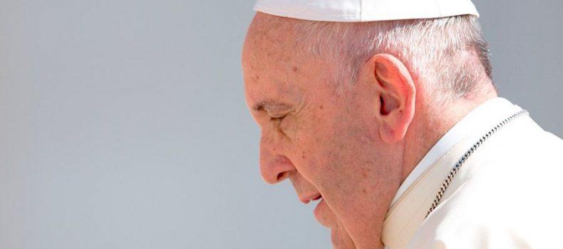 Papa Francisco sobre refugiados: Un país debe acoger a todos los que pueda