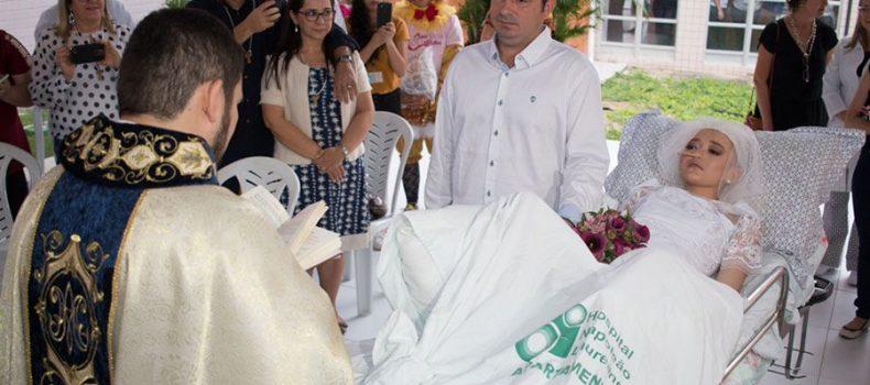 Matrimonio de joven con cáncer terminal en hospital conmueve las redes